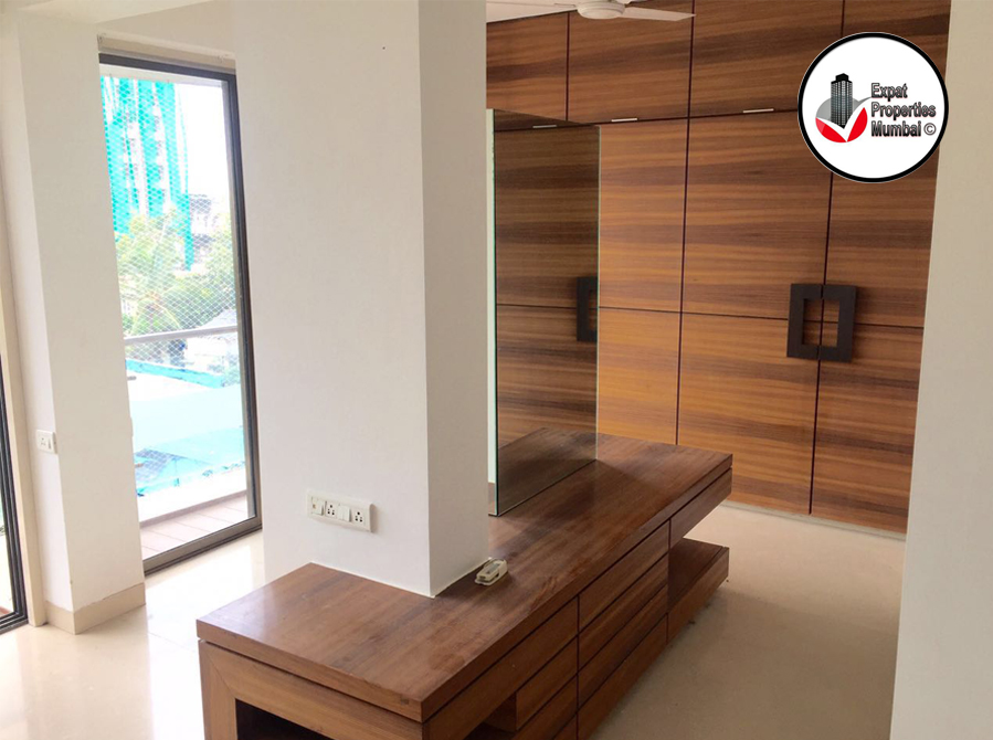 4bhk-duplex-apartment-for-rent-in-bandra-01